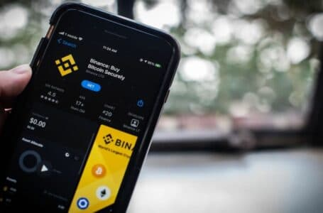 A Regulator's Warning Prompts Binance to Remove Singapore Products