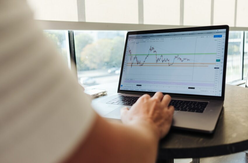 Top trades on the JSE: Investec, Textainer, and more