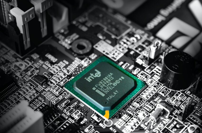 Intel gearing up for a breakout